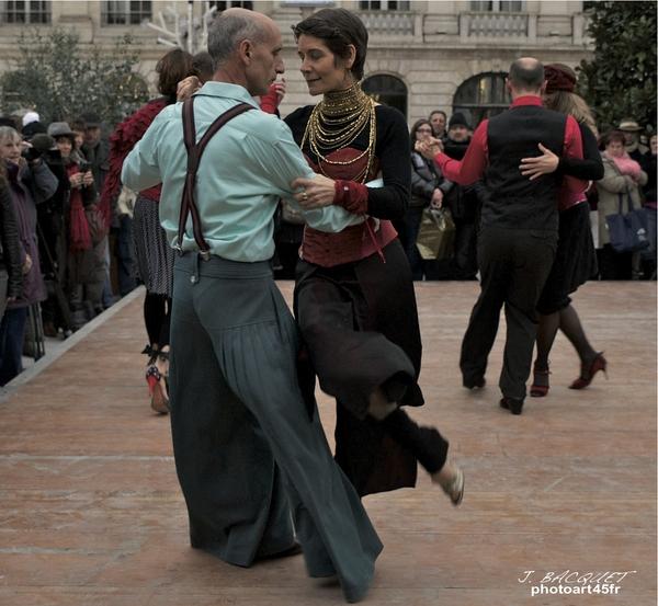 tango-argentin-orleans-martroi-8